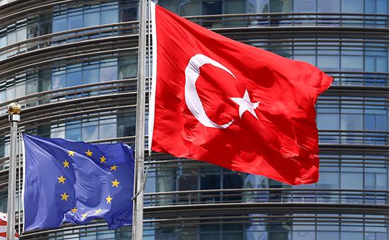 В Анкаре ответили наслова Кэмерона овступлении Турции вЕС к3000 году