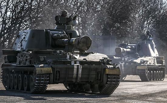 Киев объявил о начале отвода тяжелых вооружений в Донбассе