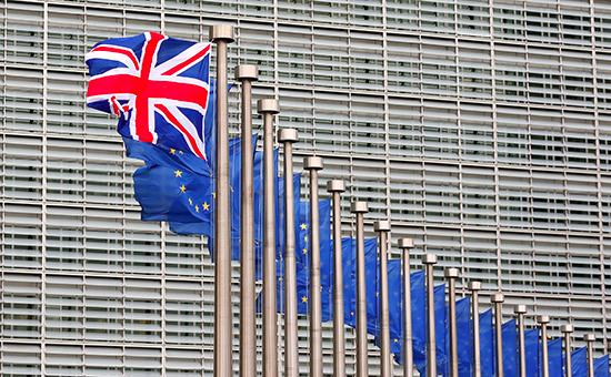 В Брюсселе призвали Британию «как можно скорее» начать выход изЕС