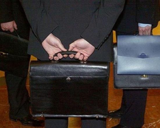 В России с 1 января уволят каждого десятого чиновника