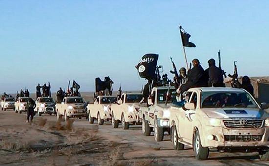 Боевики ИГ начали эвакуацию семей в Ирак