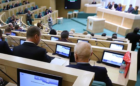 Путин попросил разрешения использовать ВС за рубежом